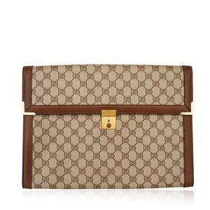 c5953308594433 Women Gucci Vintage Clutch Bag on Poshmark